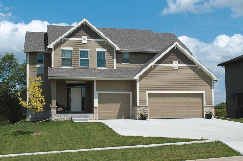 Dream House Plan - Craftsman Exterior - Front Elevation Plan #20-2400