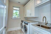 Contemporary Interior - Laundry Plan #930-504