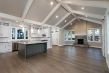 Craftsman Interior - Family Room Plan #895-82