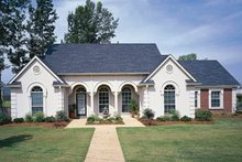 Southern Exterior - Front Elevation Plan #45-127