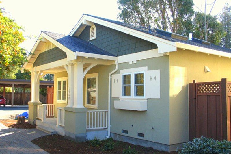 Home Plan - Craftsman Photo Plan #485-2