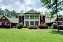Dream House Plan - Classical Exterior - Front Elevation Plan #137-113