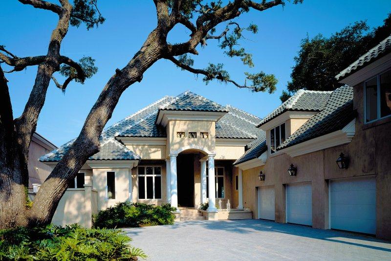 Dream House Plan - Mediterranean Exterior - Front Elevation Plan #930-86