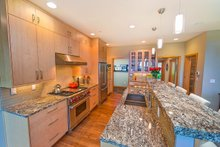 Contemporary Interior - Kitchen Plan #1070-7