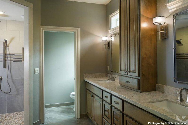 Craftsman Interior - Master Bathroom Plan #48-615 - Houseplans.com