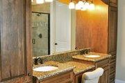 Craftsman Style House Plan - 3 Beds 2.5 Baths 2297 Sq/Ft Plan #437-61 Interior - Master Bathroom