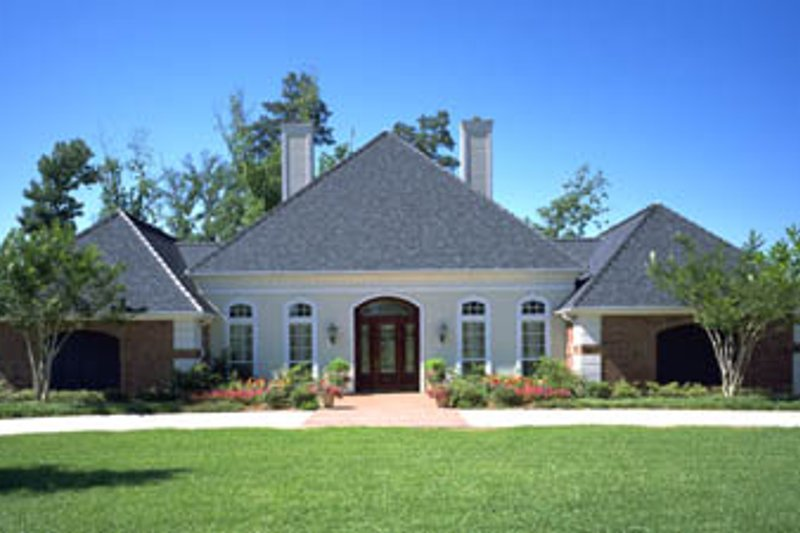 Home Plan - Traditional Exterior - Front Elevation Plan #45-154