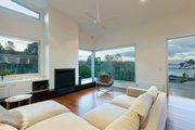 Modern Style House Plan - 3 Beds 2.5 Baths 2282 Sq/Ft Plan #496-21