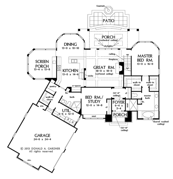 Craftsman Floor Plan - Main Floor Plan Plan #929-973