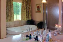 House Plan Design - Ranch Interior - Bathroom Plan #314-202