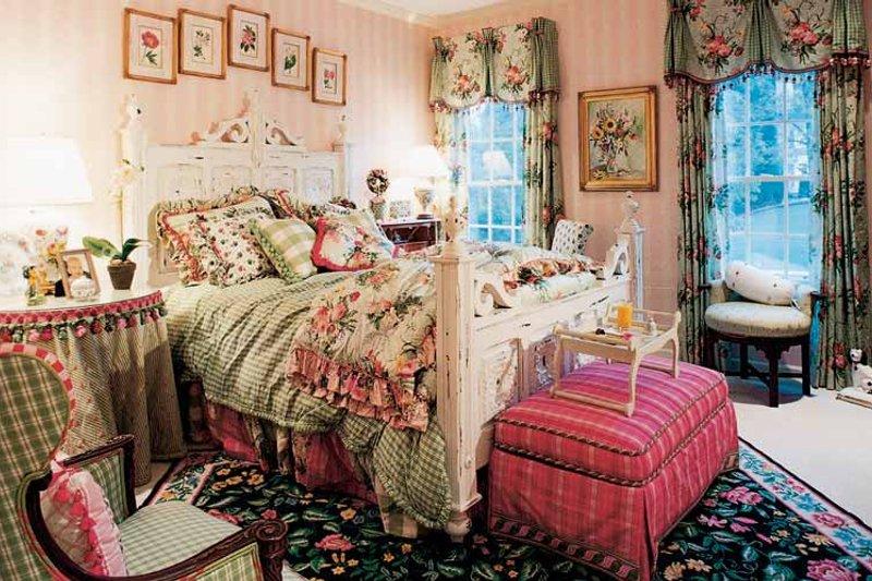 Colonial Interior - Bedroom Plan #429-312 - Houseplans.com