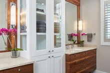 Farmhouse Interior - Master Bathroom Plan #928-14