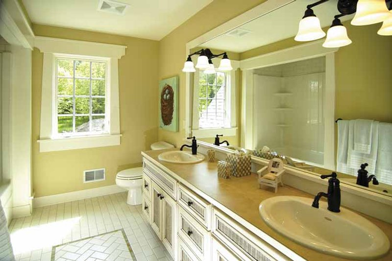 European Interior - Bathroom Plan #928-42 - Houseplans.com