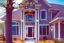 Dream House Plan - Traditional Exterior - Front Elevation Plan #320-510