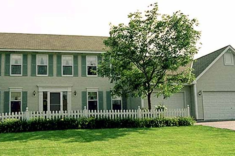 Colonial Exterior - Front Elevation Plan #51-736
