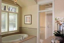 House Plan Design - Craftsman Interior - Master Bathroom Plan #928-175