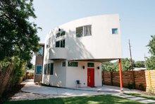 House Plan Design - Modern Exterior - Front Elevation Plan #450-6