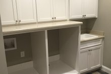 House Plan Design - Craftsman Interior - Laundry Plan #437-64