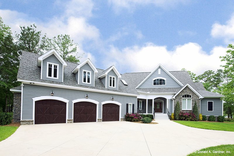 Architectural House Design - Craftsman Exterior - Front Elevation Plan #929-962