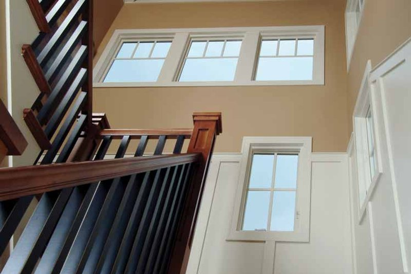 Craftsman Interior - Entry Plan #928-18 - Houseplans.com