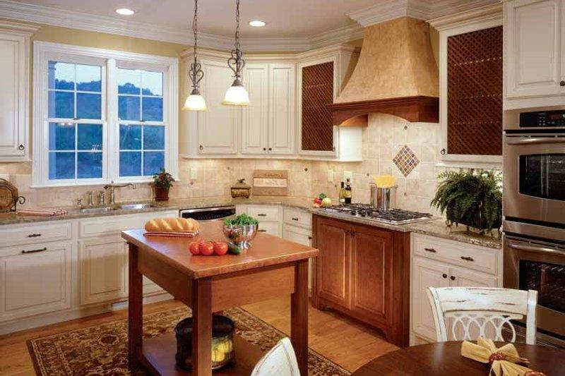 Colonial Interior - Kitchen Plan #429-259 - Houseplans.com
