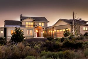 Craftsman Exterior - Front Elevation Plan #895-50