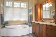 Colonial Interior - Master Bathroom Plan #928-298