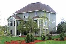 Dream House Plan - Craftsman Exterior - Rear Elevation Plan #320-997