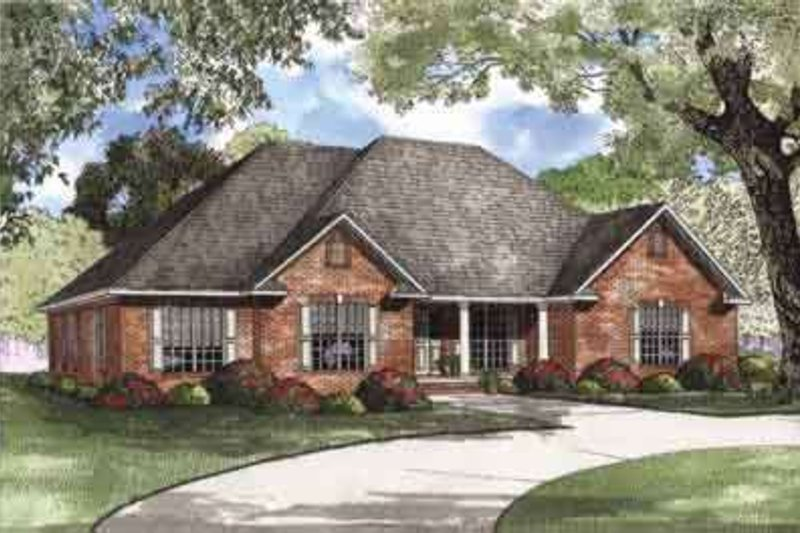 Traditional Style House Plan - 4 Beds 3 Baths 2405 Sq/Ft Plan #17-636 Exterior - Front Elevation