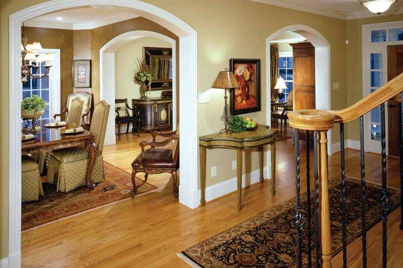 Colonial Interior - Entry Plan #429-259 - Houseplans.com