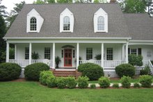 House Plan Design - Classical Exterior - Front Elevation Plan #137-299