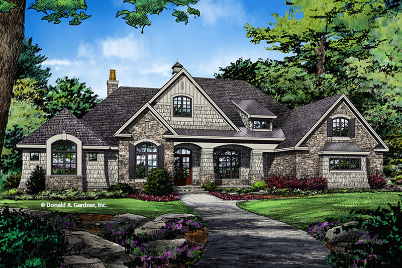 European Exterior - Front Elevation Plan #929-1008