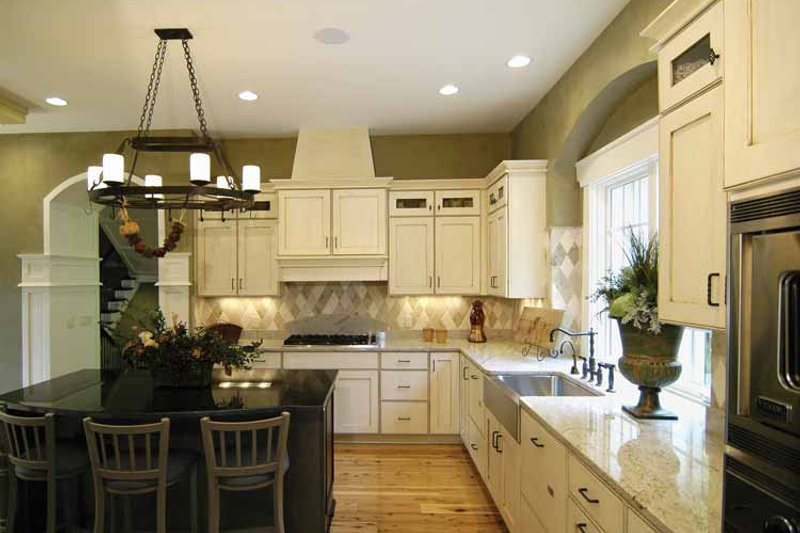European Interior - Kitchen Plan #928-42 - Houseplans.com