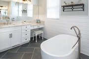Craftsman Style House Plan - 4 Beds 3.5 Baths 3102 Sq/Ft Plan #929-60 Interior - Master Bathroom