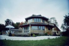Contemporary Exterior - Front Elevation Plan #320-825