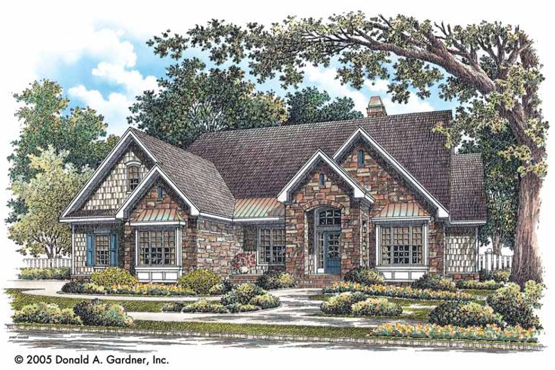 Craftsman Exterior - Front Elevation Plan #929-746