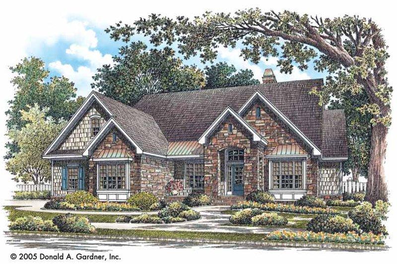 Dream House Plan - Craftsman Exterior - Front Elevation Plan #929-746