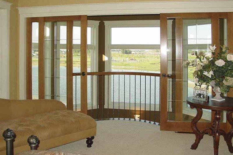 Craftsman Interior - Master Bedroom Plan #320-992 - Houseplans.com