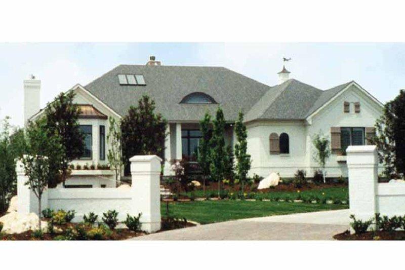 Contemporary Exterior - Front Elevation Plan #945-30 - Houseplans.com