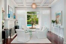 House Plan Design - Country Interior - Family Room Plan #1017-163