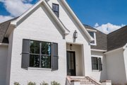Ranch Style House Plan - 4 Beds 2.5 Baths 2404 Sq/Ft Plan #430-169 Exterior - Front Elevation