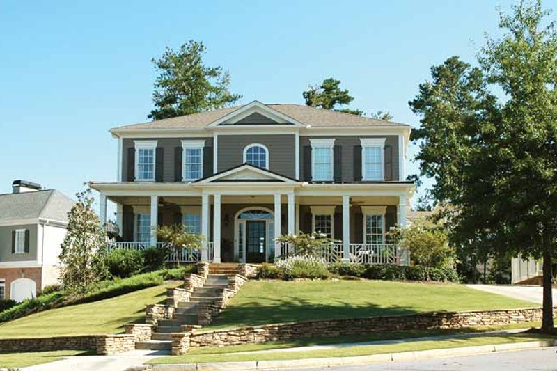 Classical Exterior - Front Elevation Plan #429-263