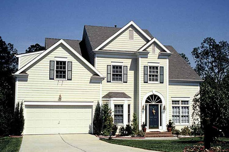 Traditional Exterior - Front Elevation Plan #453-507