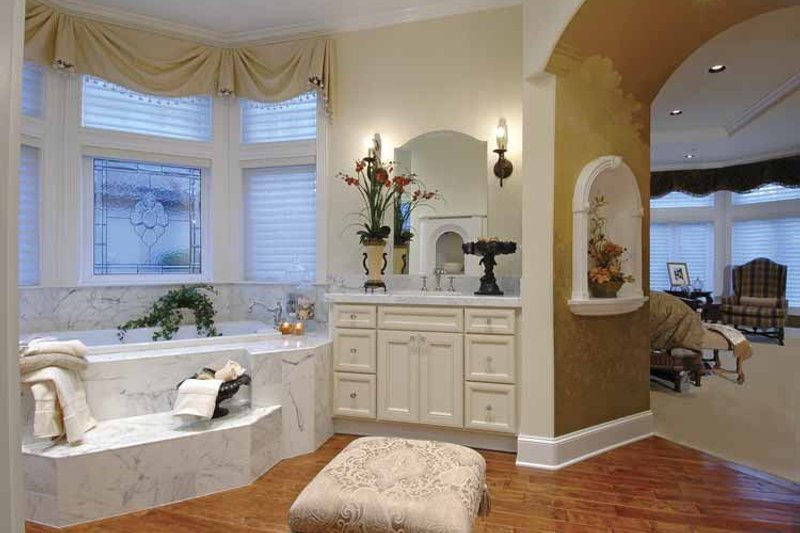 Country Interior - Bathroom Plan #132-483 - Houseplans.com