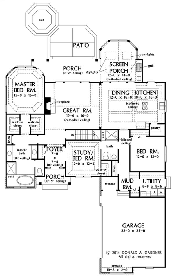 Craftsman Floor Plan - Main Floor Plan Plan #929-981