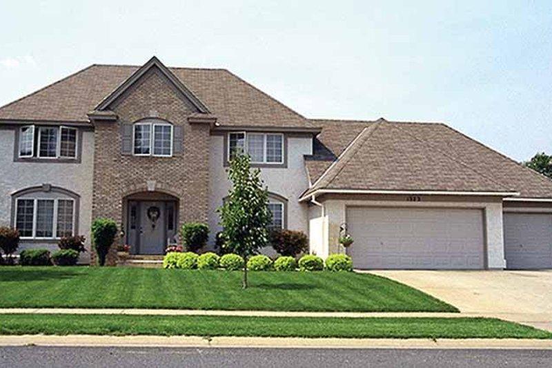 Colonial Exterior - Front Elevation Plan #51-857 - Houseplans.com