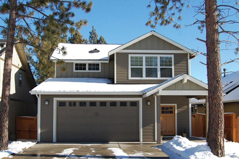 Craftsman Exterior - Front Elevation Plan #895-80