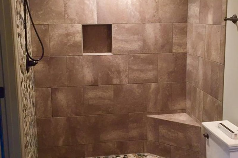 Craftsman Interior - Bathroom Plan #437-75 - Houseplans.com