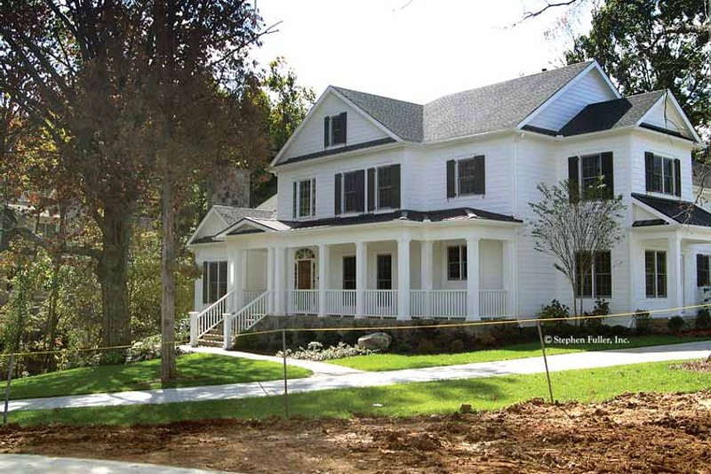 Country Exterior - Front Elevation Plan #429-330 - Houseplans.com