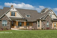 Dream House Plan - Craftsman Exterior - Front Elevation Plan #929-905